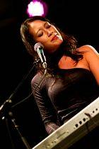 Melina Soochan - Acoustic Nights 7 (photo by Bruce Toombs)